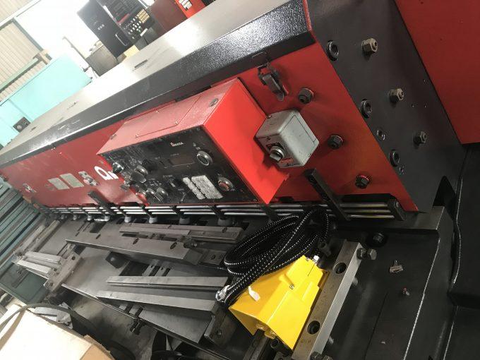 AMADA Used 2.5m Mechanical Shearing M-2545 | Mesena Co., Ltd.